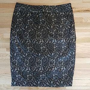 Worthington Pencil Skirt siz 10 Lace Floral Design